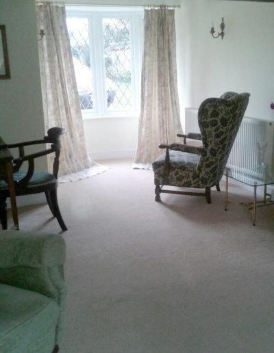 Holiday Cottage Lounge2